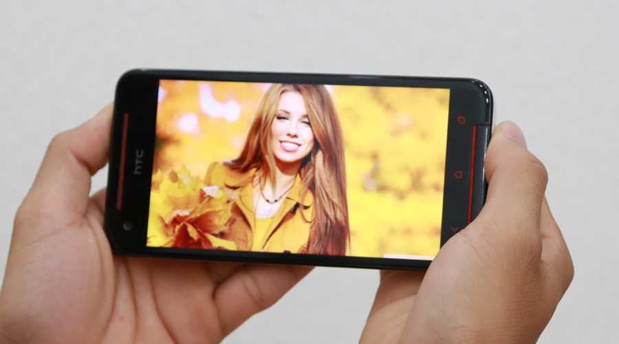 """HTC Butterfly S đang được niêm yết giá """"xả hàng"""" tại thegioididong.com, 6,99 triệu là một mức """"quà hời"""" so với cấu hình mà chiếc smartphone này sở hữu."""