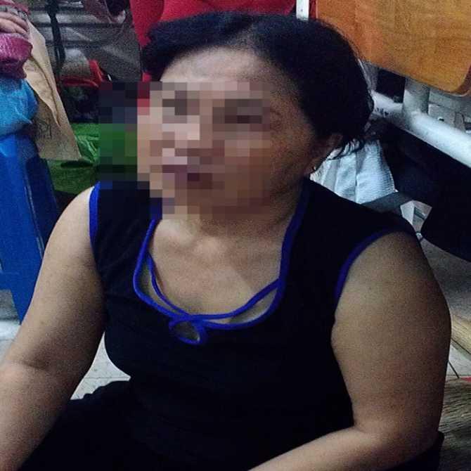 Bà N.T.B.N. (mẹ chồng nạn nhân) đang kể lại vụ việc với PV.