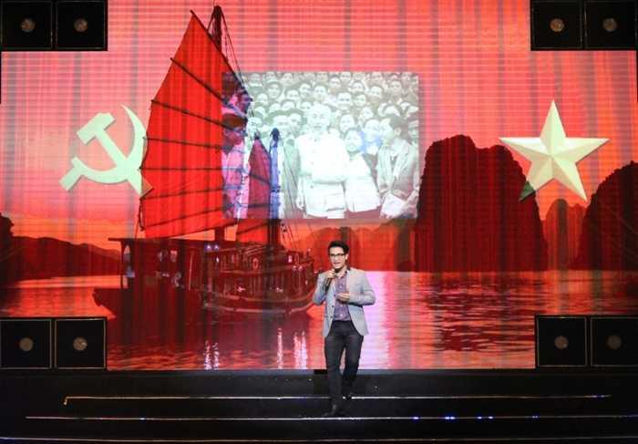Ca sỹ Hà Anh Tuấn đến với ca khúc Việt Nam quê hương tôi