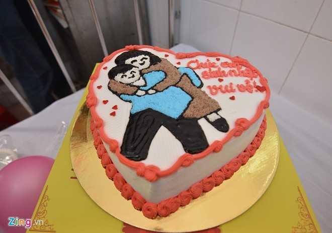 Chiều 29/12, nhóm Từ thiện thật đã tổ chức sinh nhật cho Tú và thực hiện ước mơ