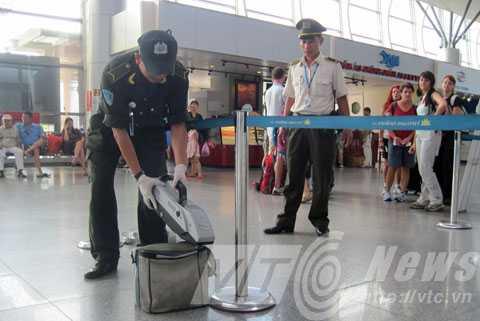 Hành lý tại sân bay được kiểm soát chặt nhằm đảm bảo an ninh, an toàn