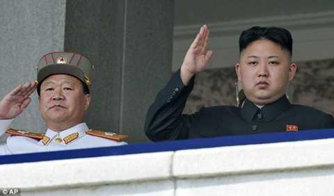 Nhà lãnh đạo Kim Jong-un và ông Choe Ryong-hae