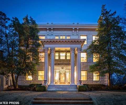 Tòa biệt thự tại vùng St Louis, Misouri, có tên Beau Arts,trị giá tối 1,385 triệu USD