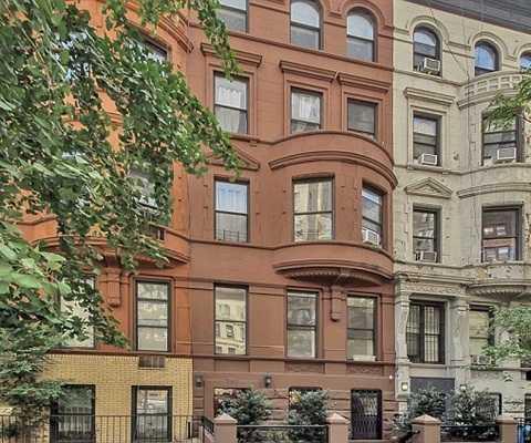 Với 1,15 triệu USD, bạn có thể mua lại căn biệt thự ở vùng phía Đông Manhattan. Căn hộ chỉ có 2 phòng ngủ