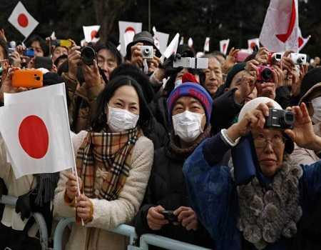 Sự thờ ơ với sex ảnh hưởng đến nền kinh tế của Nhật Bản