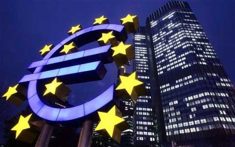 Ngân hàng Trung ương châu Âu muốn giữ mức lãi suất thấp trong một thời gian nữa