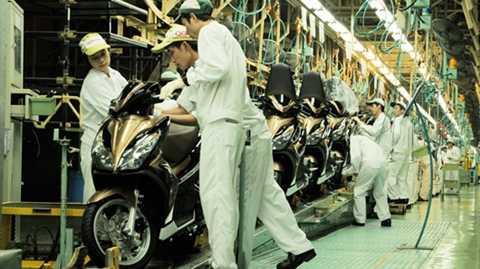 Sản lượng xe máy tại Việt Nam đang dư thừa lớn