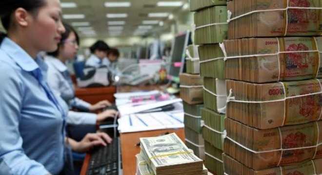 Các ngân hàng tiếp tục giảm lãi suất (Ảnh minh họa)