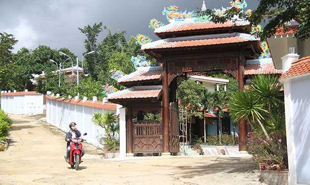 Biệt thự xây trái phép dưới chân núi Hải Vân ở phường Hòa Hiệp Bắc, quận Liên Chiểu, TP Đà Nẵng - Ảnh: Hữu Khá
