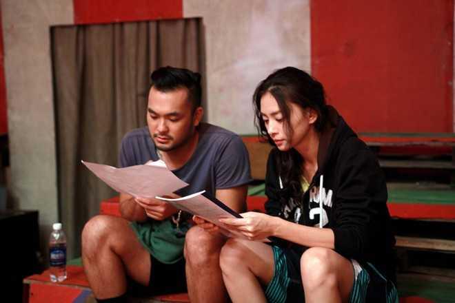 Petey Nguyễn là gương mặt quen thuộc với khán giả qua vai diễn trong bộ phim điện ảnh Âm mưu giày gót nhọn và gần đây là một số vai khách mời trong các bộ phim Để mai tính 2, Chàng trai năm ấy.