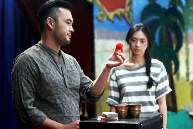Liên tục xuất hiện trong các sự kiện và có những cử chỉ thân mật dành cho nhau, Ngô Thanh Vân và ảo thuật gia Petey Nguyễn vướng vào nghi án hẹn hò trong thời gian qua.