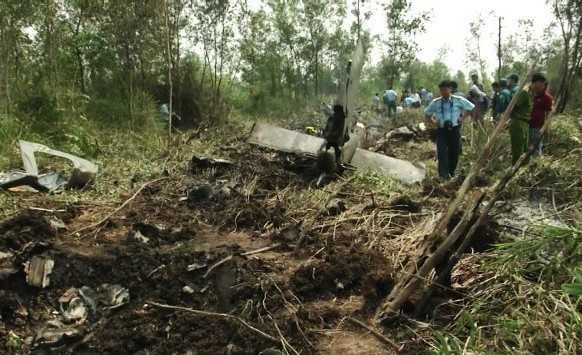 Hiện trường vụ trực thăng rơi làm 4 quân nhân hy sinh.