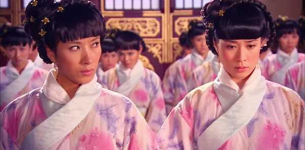 Diêu Kim Linh và Lưu Tam Hảo trong phim Cung tâm kế.