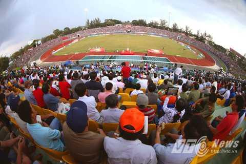 Sân Cần Thơ ở giải U21 Quốc tế hồi tháng 10/2014 (Ảnh: Quang Minh)