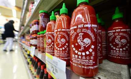 Huy Fong - ông chủ của Sriracha đã có cách xử lý khủng hoảng truyền thông hợp lý hơn Tân Hiệp Phát