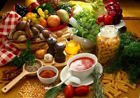 Trong thực phẩm từ thiên nhiên có chứa nhiều chất giúp bạn trẻ lâu.