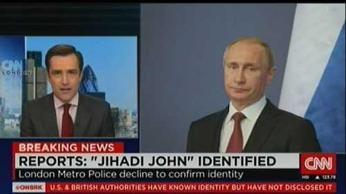 Khi người dẫn chương trình Max Foster đang đưa tin về IS thì hình ảnh ông Putin xuất hiện