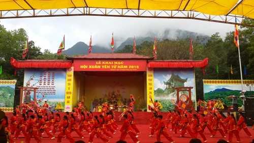 Chính thức khai mạc hội xuân Yên Tử 2015 (Ảnh: DT)