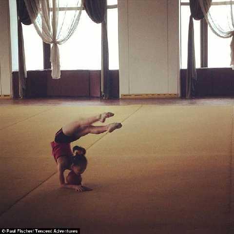 Cung thiếu nhi, nơi trẻ em trình diễn những show ca nhạc, khiêu vũ hay thể dục dụng cụ ấn tượng