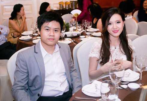 Midu và chồng sắp cưới Quang Thành.