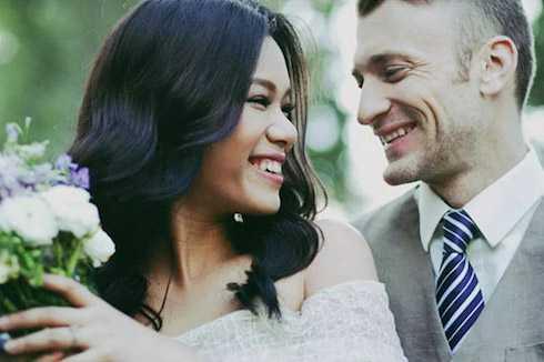 Phương Vy tình tứ cùng chồng trong bộ ảnh cưới