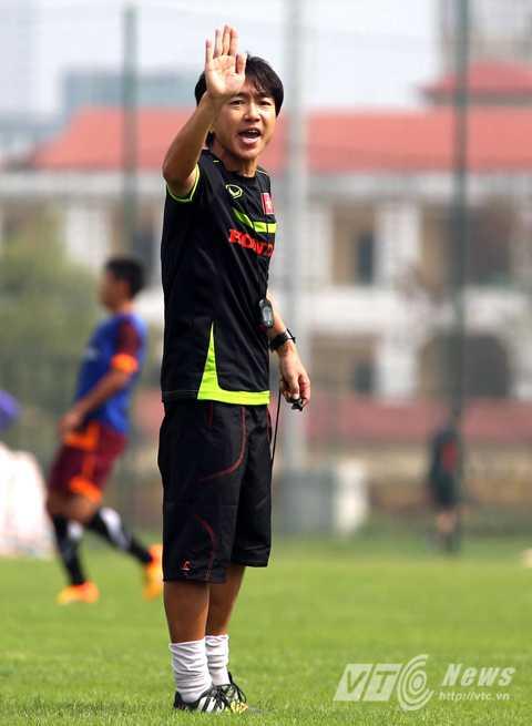 HLV Miura khẳng định chưa có bộ khung cho U23 Việt Nam (Ảnh: Quang Minh)