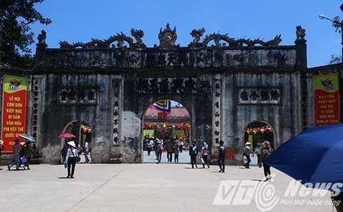 Lễ hội mùa Xuân Côn Sơn - Kiếp Bạc năm 2015 và Kỷ niệm 50 năm ngày Bác Hồ về thăm Côn Sơn (1965-2015) sẽ diễn ra nhiều hoạt động phong phú, hấp dẫn - Ảnh MK