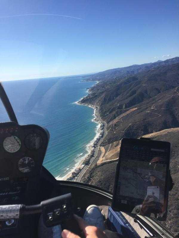 Evan Spiegel dường như rất thích cuộc sống tại quê hương Los Angeles của mình. Hình ảnh chụp khi máy bay của anh bay qua vùng trời thành phố này