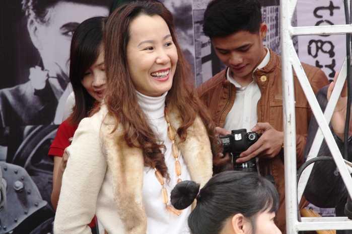 Nhạc sỹ Giáng Son cũng có mặt tại gian giới thiệu tuyển sinh của ĐH Sân khấu và Điện ảnh Hà Nội