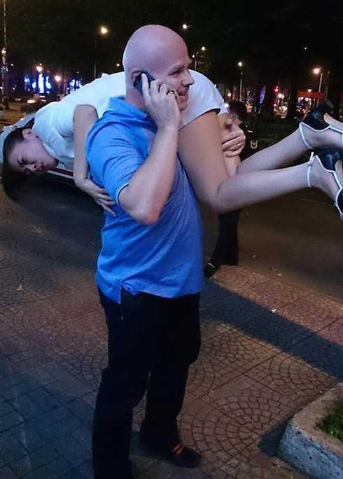 Khoảnh khắc hạnh phúc của vợ chồng Thu Minh.