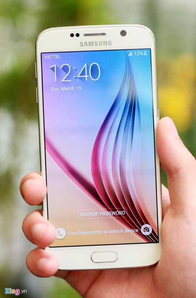 Sản phẩm Samsung Galaxy S6 từ hãng điện thoại Hàn Quốc trông khá giống với iPhone 6 - Ảnh: Zing