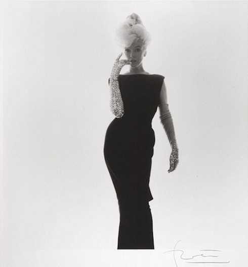 Huyền thoại Hollywood Marilyn Monroe đã qua đời vào ngày 5/8/1962, nửa thế kỷ đã trôi qua, nhưng dường như bức màn bí mật về đời tư và sự nghiệp của ngôi sao Hollywood này vẫn còn là ẩn số.