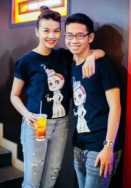 Thanh Hằng và em trai.