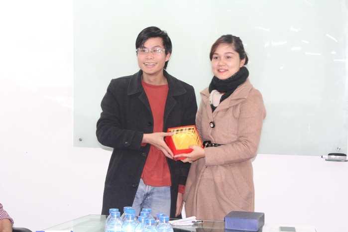 Giang Thiên Phú cam kết sẽ hỗ trợ các bạn sinh viên trong lĩnh vực công nghệ thông tin