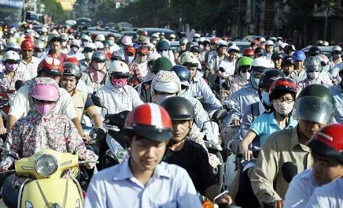 Tắc đường hiện nay vẫn là bài toàn khó giải ở hai thành phố lớn Hà Nội và TP. HCM (Ảnh: Minh Chiến)