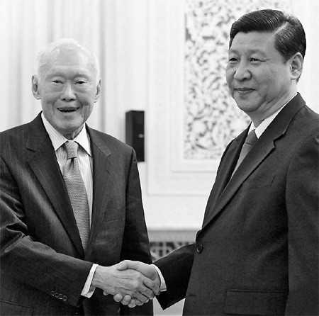 Ông Lý Quang Diệu gặp ông Tập Cận Bình tháng 5/2011 tại Đại lễ đường Nhân dân ở Bắc Kinh