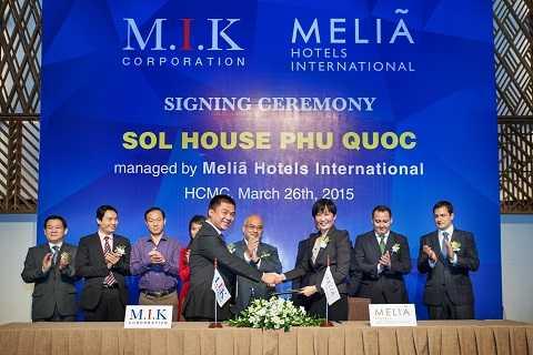 Ông Alfonso Tena Garcia – Đại sứ quán Tây Ban Nha phát biểu tại sự kiện công bố Resort mang thương hiệu Sol House đầu tiên tại Việt Nam.