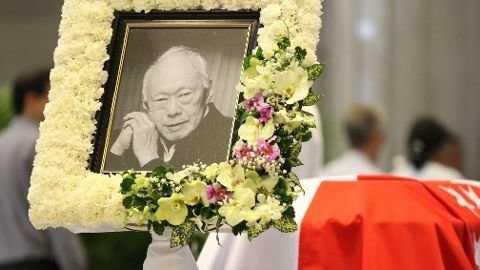 Lễ tang cố Thủ tướng Lý Quang Diệu chính thức bắt đầu lúc 12g30 - Ảnh: CNA