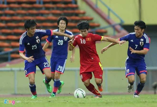 Công Phượng giữa vòng vây U23 Nhật Bản