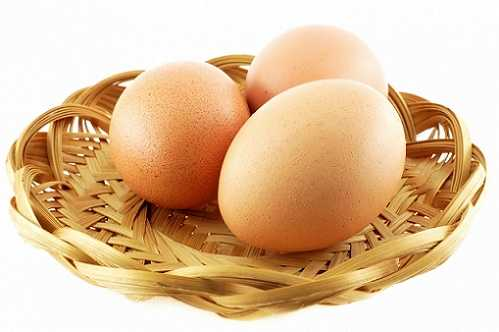Trứng gà giúp trị bệnh đái dầm ở trẻ em.
