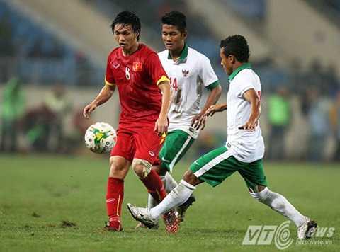 Tuấn Anh lạc lõng ở U23 Việt Nam (Ảnh: Quang Minh)