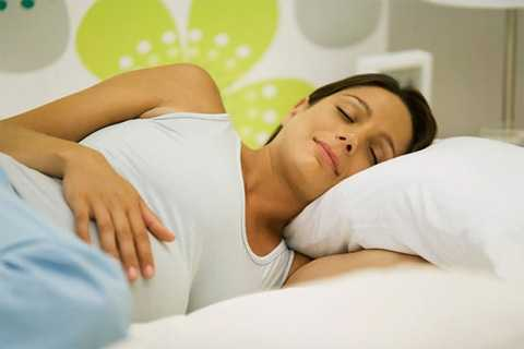 Hầu hết các phụ nữ mang thai được các bác sĩ khuyên rằng nên nằm ngủ nghiêng sang bên trái