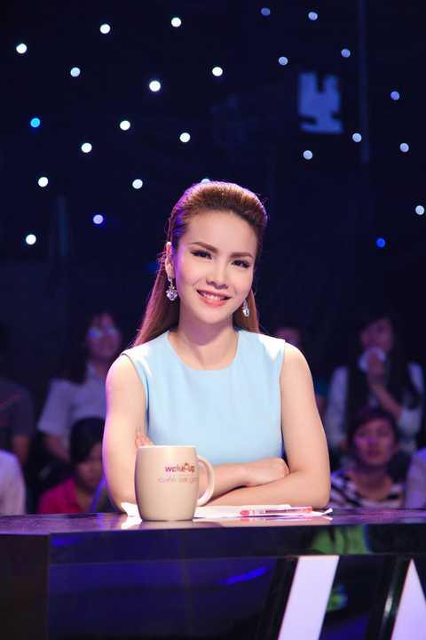 Yến Trang với nhan sắc rạng rỡ đã thu hút được rất nhiều sự chú ý