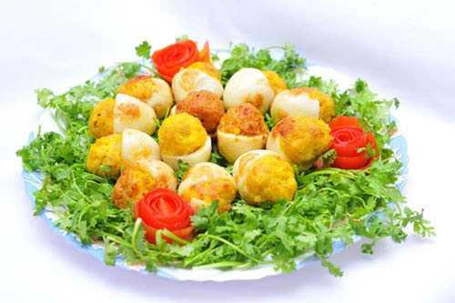 Trứng gà là món ăn ngon được nhiều người ưa thích.