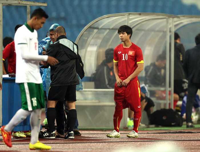 Công Phượng dự bị ở U23 Việt Nam (Ảnh: Quang Minh)