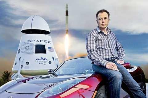 Elon Musk, ông chủ tỷ phú của Công ty không gian SpaceX, hiện đang hợp tác với NASA trong triển khai dự án đưa người lên không gian