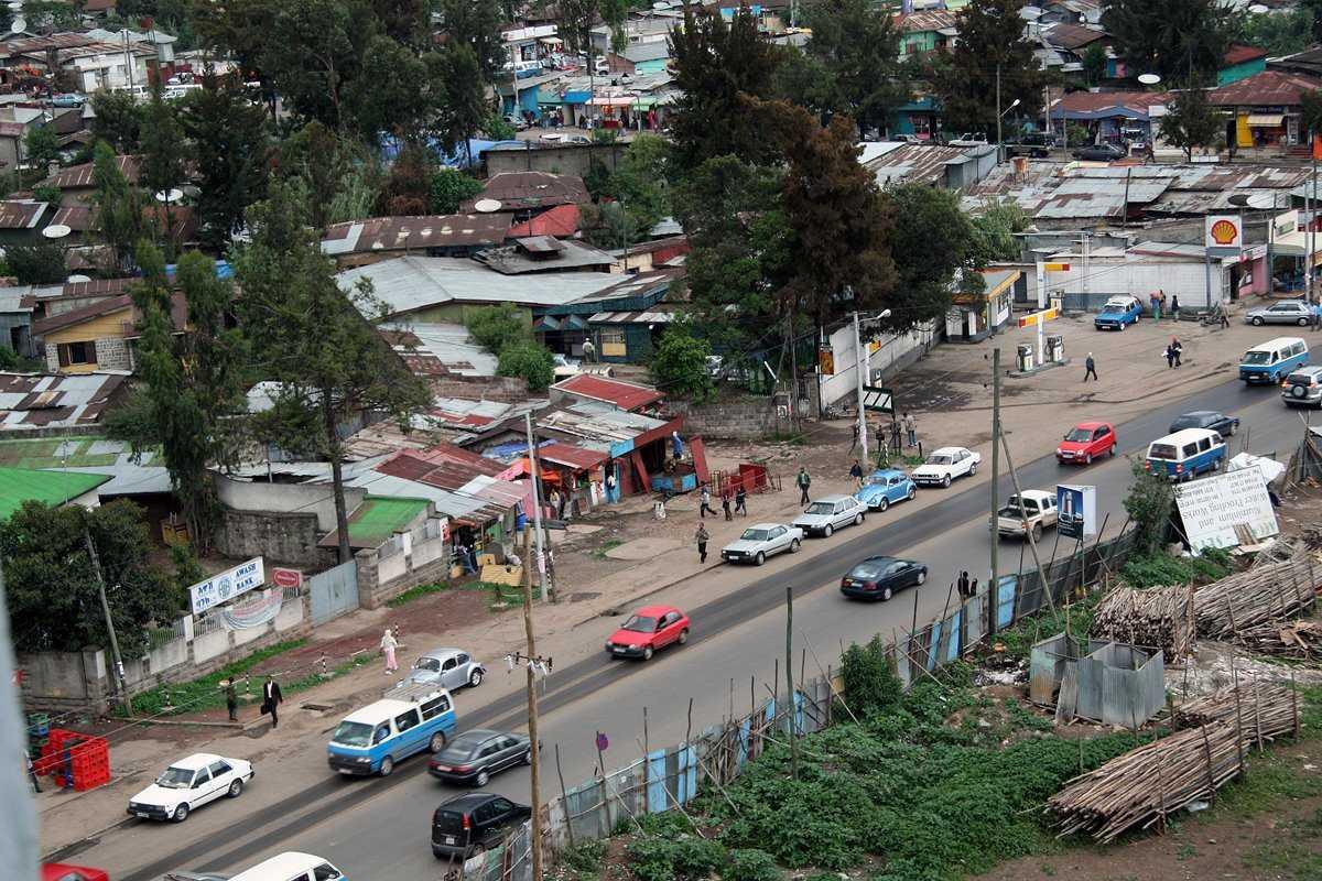 Một khu ổ chuột tại thành phố Addis Ababa - thủ đô của Ethiopia - Ảnh:Ethiograph