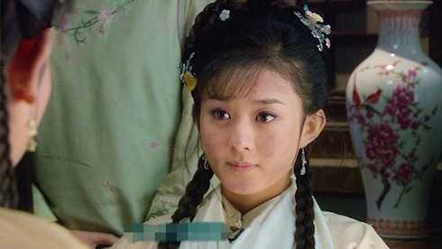 Nàng Tịnh Nhi cách cách (Triệu Lệ Dĩnh) dễ thương trong Tân Hoàn Châu Cách Cách.