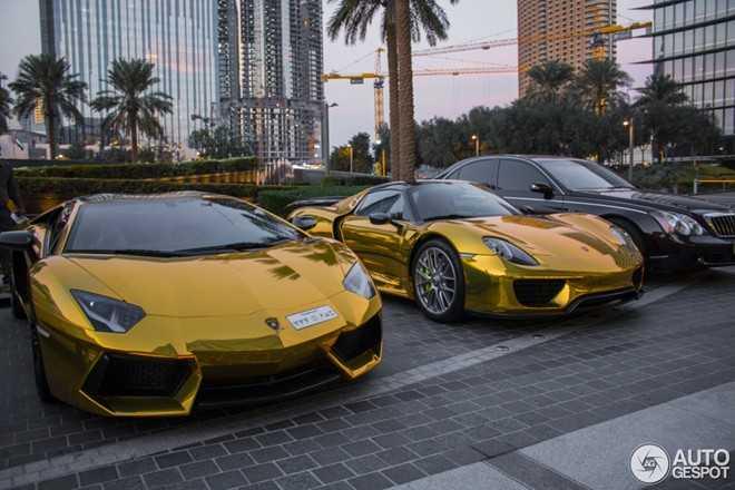 Siêu xe dát vàng không hiếm gặp ở Dubai