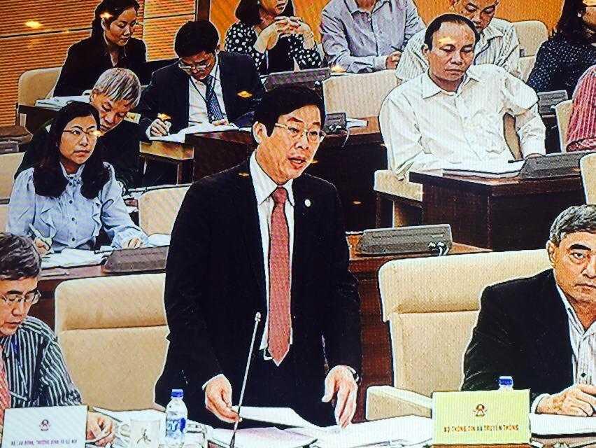 Bộ trưởng Nguyễn Bắc Son nhấn mạnh sự cần thiết xây dựng Luật An toàn thông tin trong bối cảnh toàn cầu hóa thông tin hiện nay - Ảnh HL